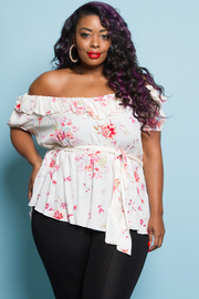 PLUS SIZE SHORT SLEEVE FLORAL TOP