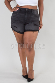 PLUS SIZE DESTROYED SHORTS