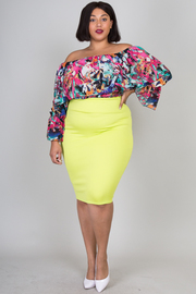PLUS SIZE  OFF SHOULDER MULTI COLOR TOP WITH SOLID SKIRTS SET