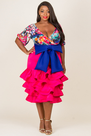 """PLUS SIZE DEEP V-NECK PRINTED TOP WITH WAIST RIBBON POINT RUFFLED BOTTOM DRESS """