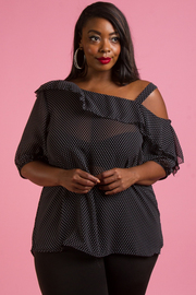 PLUS SIZE ONE COLD SHOULDER 3/4 SLEEVE TOP