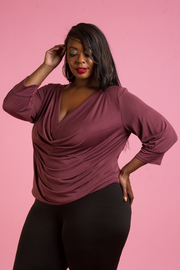 PLUS SIZE 3/4 SLEEVE DRAPED TOP