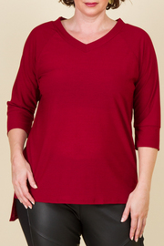 Plus Size V-Neck 3/4 Sleeve Tee