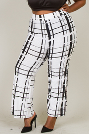 BLACK AND WHITE PRINTED SIDE SLIT WIDE PANTS