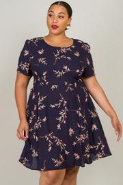 Plus Size Short Sleeve Leaf Skater Dress