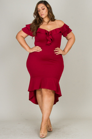 Plus Size Ruffle Off The Shoulder  With Train Knee Dress