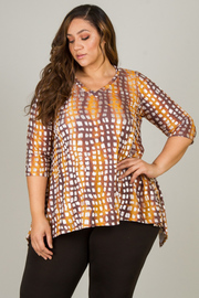Plus Size 3/4 Sleeve Asymmetrical Top