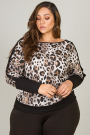 Plus Size Boat Neck Leopard Top