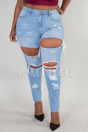 Plus Size Denim jeans With distressed look and wholes in knees