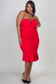 Plus Size Strapless Sweetheart Knee Dress With Pleat Hem