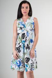V-Neck Sleeveless Flower Print Knee Dress