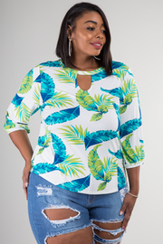 Plus Size Feather Print 3/4 Sleeve Top
