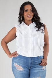 PLUS SIZE SLEEVELESS LACE DETAIL COLLAR TOP