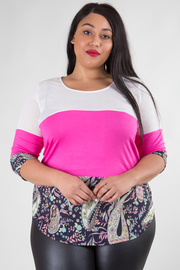 PLUS SIZE 3/4 SLEEVE PRINT AND LACE DETAIL TOP