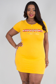 PLUS SIZE ROUND NECK SHORT SLEEVE FITTED DRESS