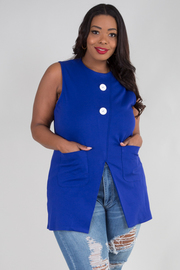 ROUND NECK SLEEVELESS TWO BUTTON AND POCKET TOP