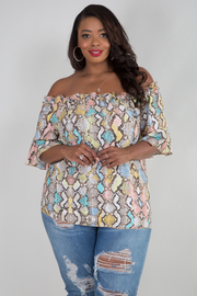 PLUS SIZE OFF SHOULDER SHORT SLEEVE TOP