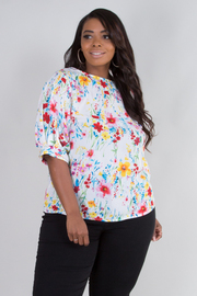 PLUS SIZE BOAT NECK SHORT PUFF SLEEVE FLORAL TOP