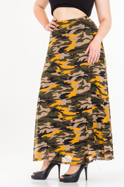 PLUS SIZE PRINTED FLAIR MAXI SKIRT