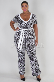 PLUS SIZE V-NECK SHORT SLEEVE BELTED JUMPSUIT