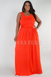 PLUS SIZE ROUND NECK GATHERED WAIST MAXI DRESS