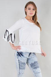 ROUND NECK LINE POINTED RUFFLE SLEEVE SHEER TOP