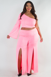 PLUS SIZE ONE SHOULDER CROP TOP AND TWO SLIT PANTS SET