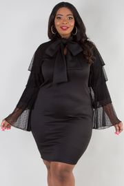 PLUS SIZE TIED NECK LONG LACE SLEEVE FITTED MINI DRESS