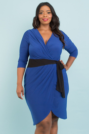 PLUS SIZE 3/4 SLEEVE SIDE BOW TIE SURPLICE DRESS