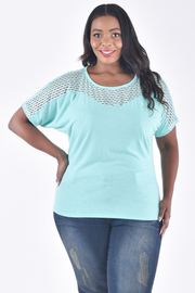 PLUS SIZE BOAT NECK LACE SOLID SHORT SLEEVE TOP