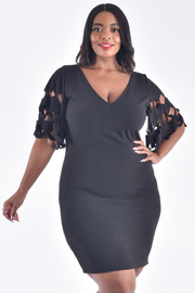 PLUS SIZE LASER CUT OUT SHORT SLEEVE MINI DRESS