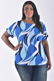 PLUS SIZE SHORT SLEEVE GEOMETRIC TOP