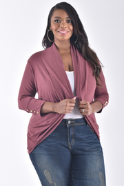 PLUS SIZE CARDIGAN WITH BUTTON DETAIL AT SLEEVE