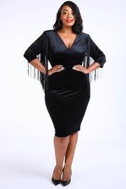 Plus Size Fringed shoulder velvet dress.