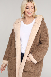 Two-tone Faux-fur cocoon Coat with side pockets.