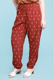 Plus Size Curvy, relaxed fit with elastic waist, jogger printed pants.