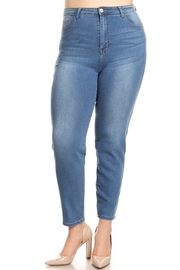 Plus Size wholesale denim jeans.
