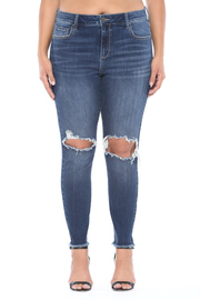 Plus Size Mid rise knee hole crop skinny.