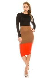 Colorblock long sleeve dress.
