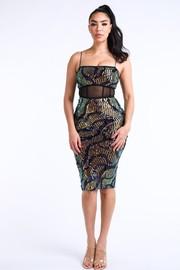 Wavy sequin dress.