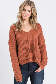 V neck asymmetric hem sweater.