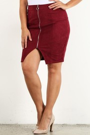 Plus Size Rib front zip pencil skirt.