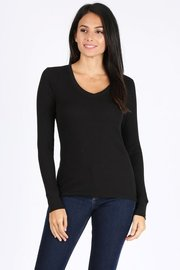 Basic solid V-neck long sleeve waffle knit thermal top.