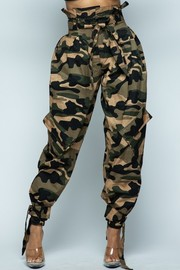 Washed camo baggy pants.