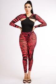 Animal sleeve legging set.