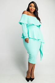 Plus Size Long sleeve off shoulder unbalance dress.