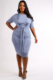 Plus Size Tie front short sleeve midi dress.