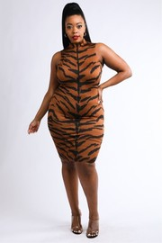 Plus Size Tiger printed sleeveless dress.