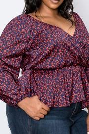 Plus Size Surplice front, V-neck, Waist elastic, long sleeve bubble satin print top.