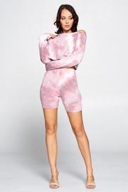 2 Piece set long sleeve tie dye crop top & high wiast biker shorts.